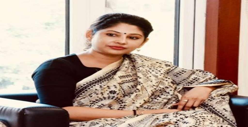 Smita Sabharwal Wiki