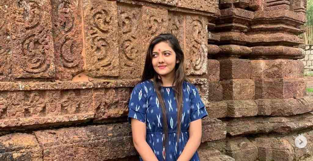 Who is Srushti Deshmukh