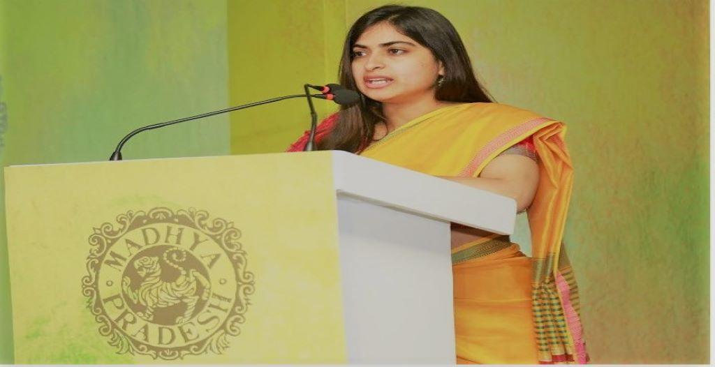 IAS Sonia Meena Biography